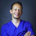 dr n.med. Grzegorz Szczurko – specjalista endodoncji